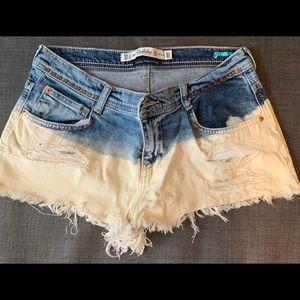Zara Denim Shorts. Size.4